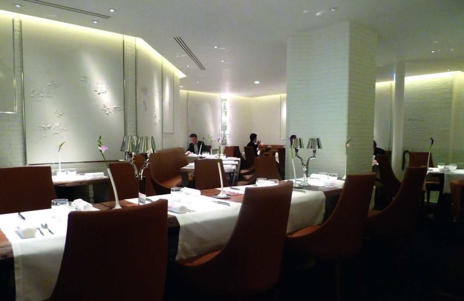 """""""La Dame de Pic"""" restorano Paryžiuje interjeras"""