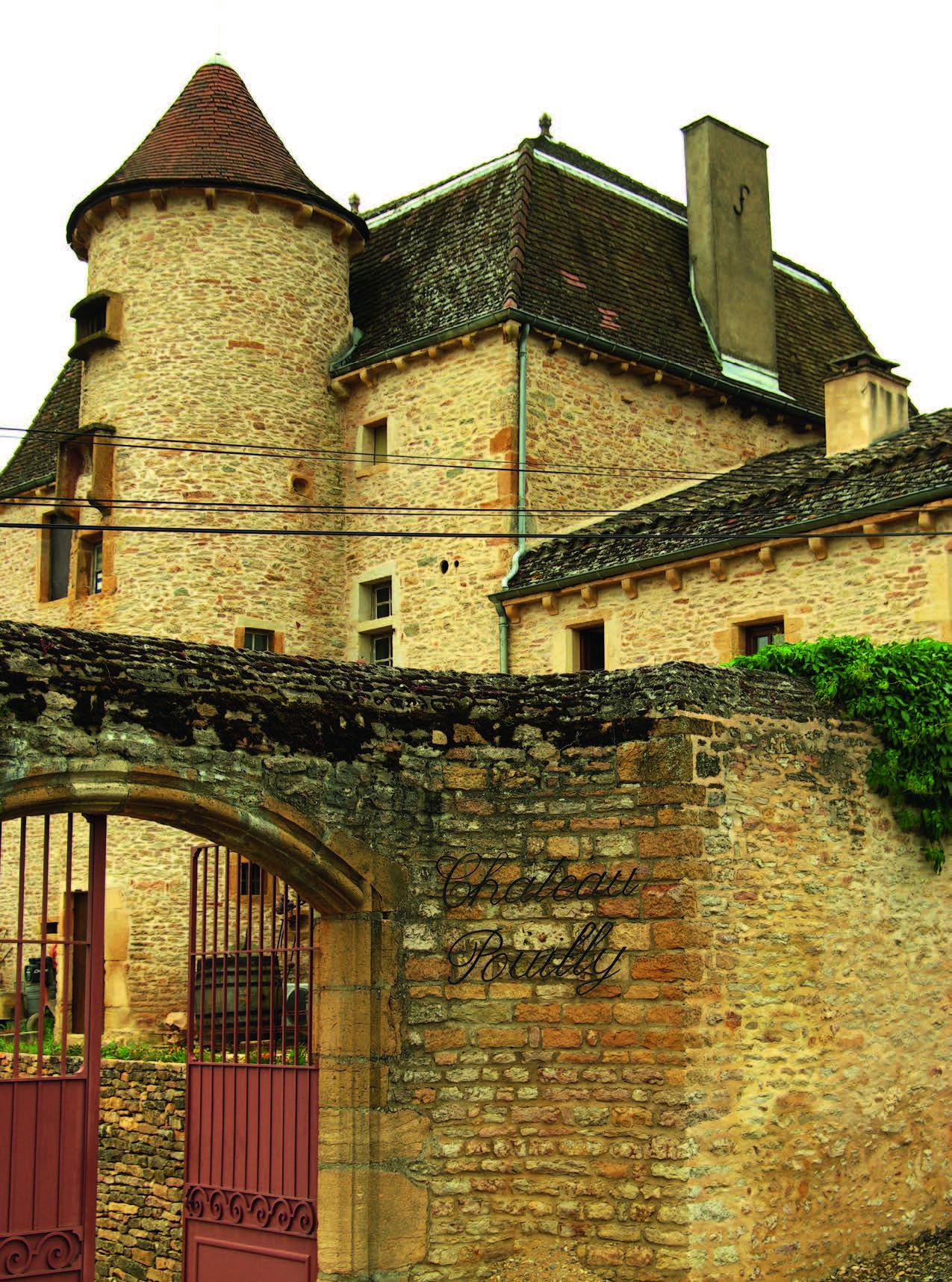 Chateau Pouilly prilygsta dideliam namui