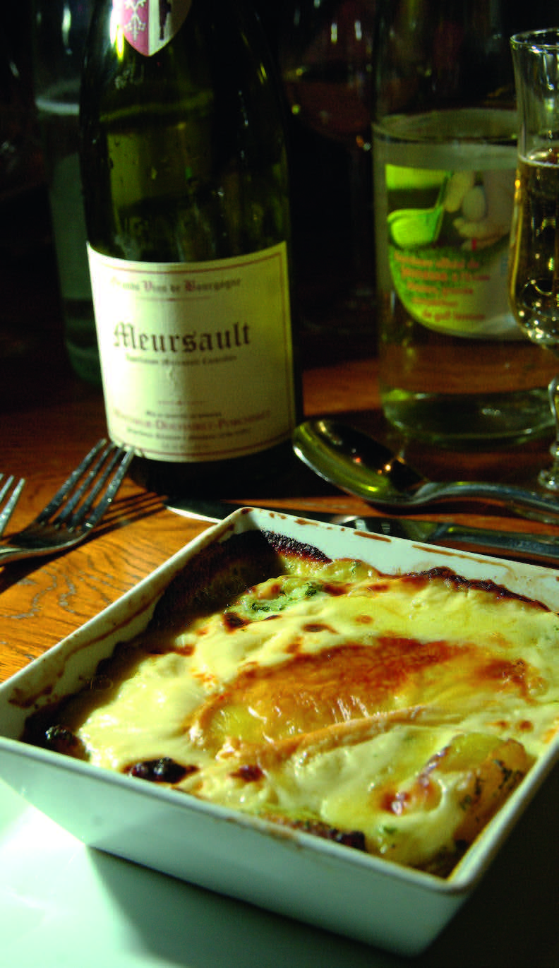 Epoisses sūrio padažas ar su kitais produktais apkeptas sūris dažnas Burgundijoje