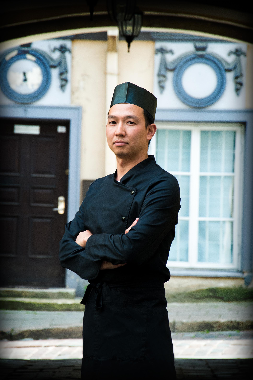 Virtuvės šefasGuangcai Lin