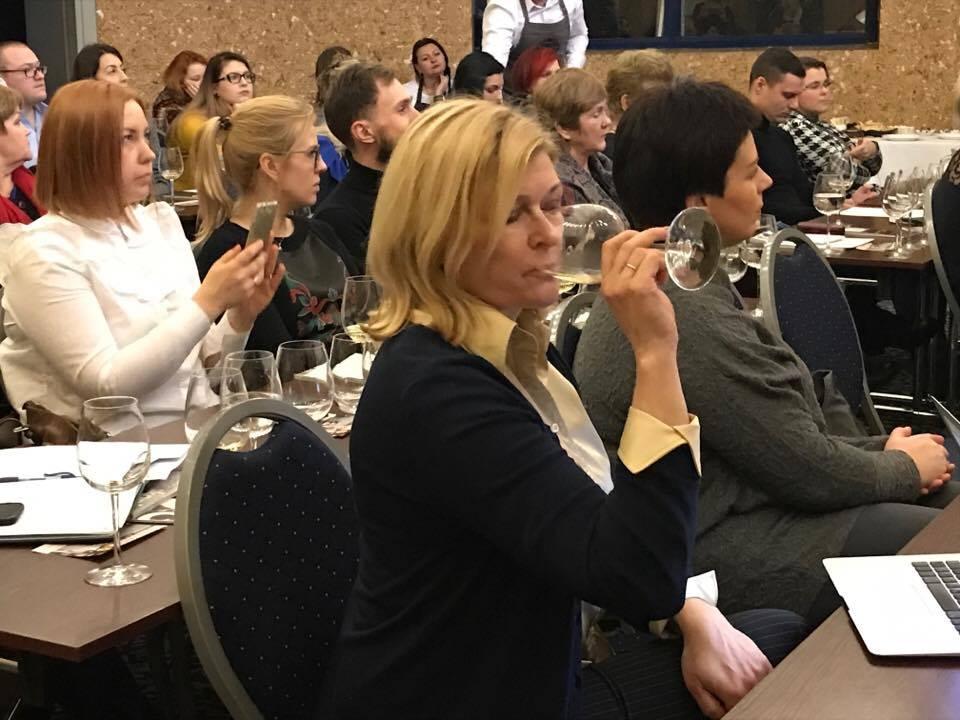 HORECA atstovus subūrė pažintinė putojančių vynų bei šampano degustacija (8)