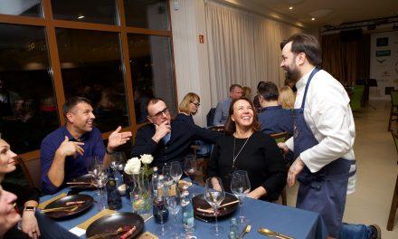R. Bolgovo kulinariniams šedevrams neatsispyrė ir legendinis krepšininkas E. Žukauskas su žmona