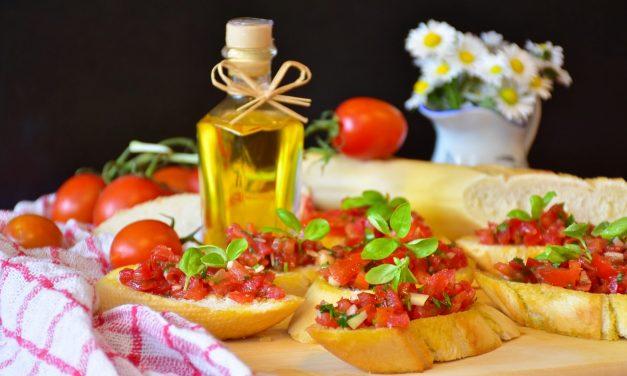 Pomidorų ir bazilikų salsa