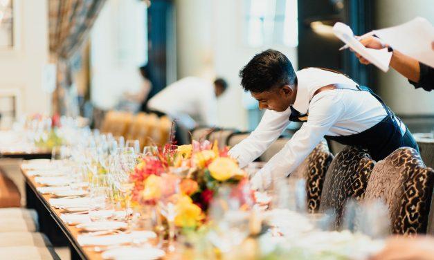 Svetingumas: kaip jį jaučiame arba ne restorane