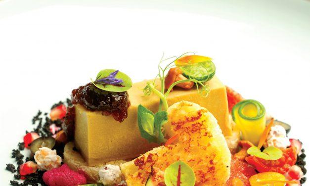 Žemoje temperatūroje keptos riebiųjų ančių kepenėlės su svogūnų džemu