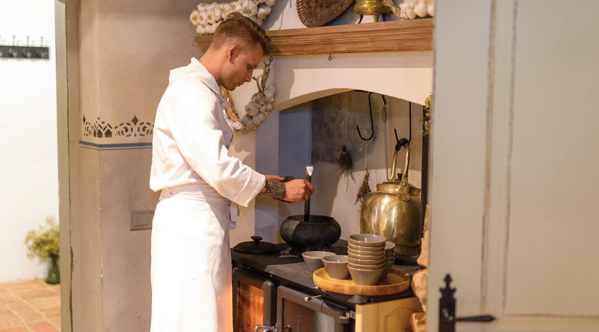 """""""Kuchmistrai"""" – lėtojo maisto restoranas, todėl patiekalai ruošiami tik juos užsakius"""