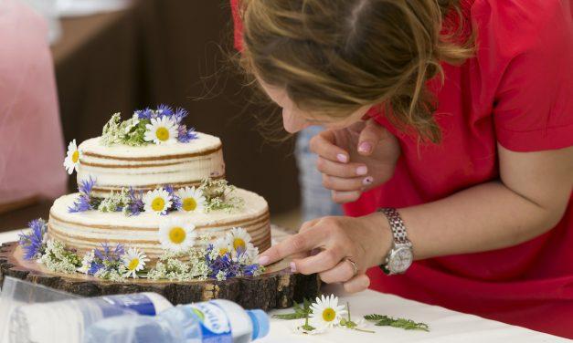 Saldi šventė druskų mieste tampa tradicija: šalyje organizuojamas pirmasis Tortų turnyras