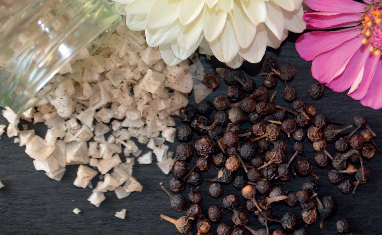 Rosemary Crystal Flakes druska ir Cubeb pipirai