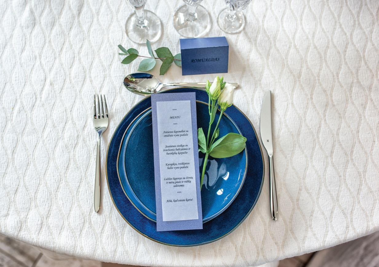 Dekoratoriai pataria nebijoti ir išdrįsti pasirinkti vestuvėms neįprastas spalvas, nes jos padės susikurti savitą, unikalų šventės stilių
