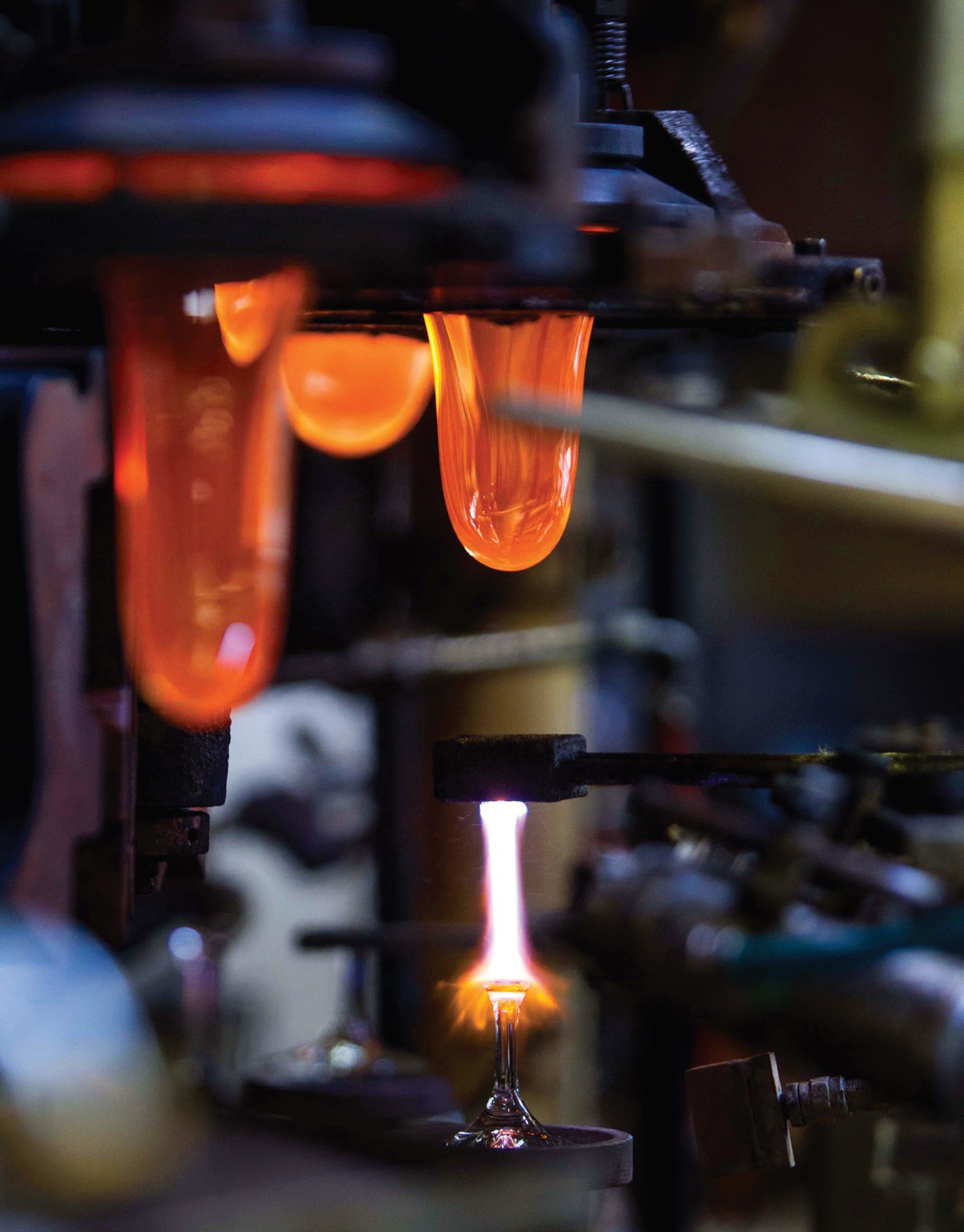 Stiklo apdirbimo pramonė Čekijoje turi kur kas ilgesnę ir turtingesnę istoriją nei daugelyje kitų šalių