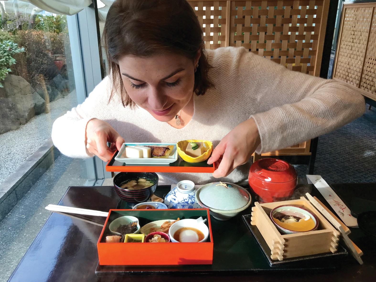 Tradiciniai japoniški pusryčiai susideda iš daugybės skirtingų skonių. Indrės Leikauskės asmeninio albumo nuotr.
