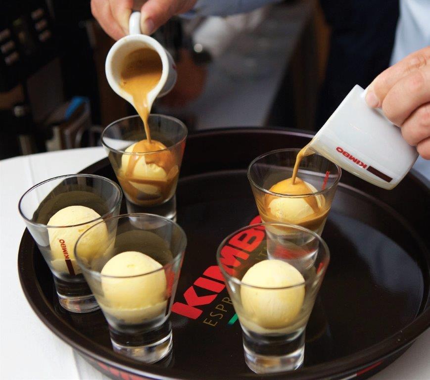 """""""Affogato al Caffè"""" – tobulas vasariškas desertas"""