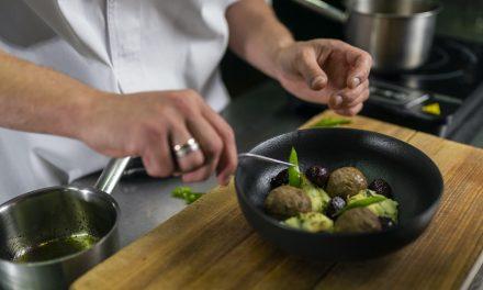 Kylant nežinomybei dėl šalies gastro kultūros – garsiausi šefai kviečia į restoranus