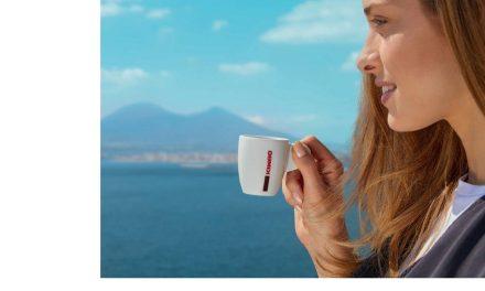 Tikra neapolietiška kava: kai puodelyje telpa ištisa istorija