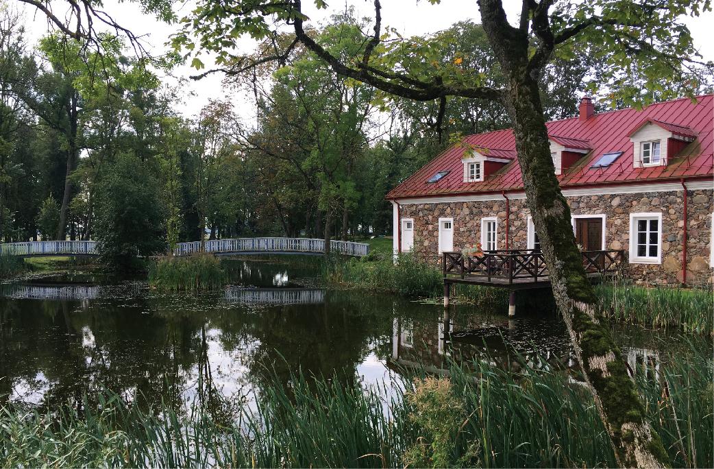 Bistrampolio dvaro parkas suformuotas XIX a. pradžioje. Šiandien parkas vėl džiugina lankytojus. M. Daraškevičiaus nuotrauka