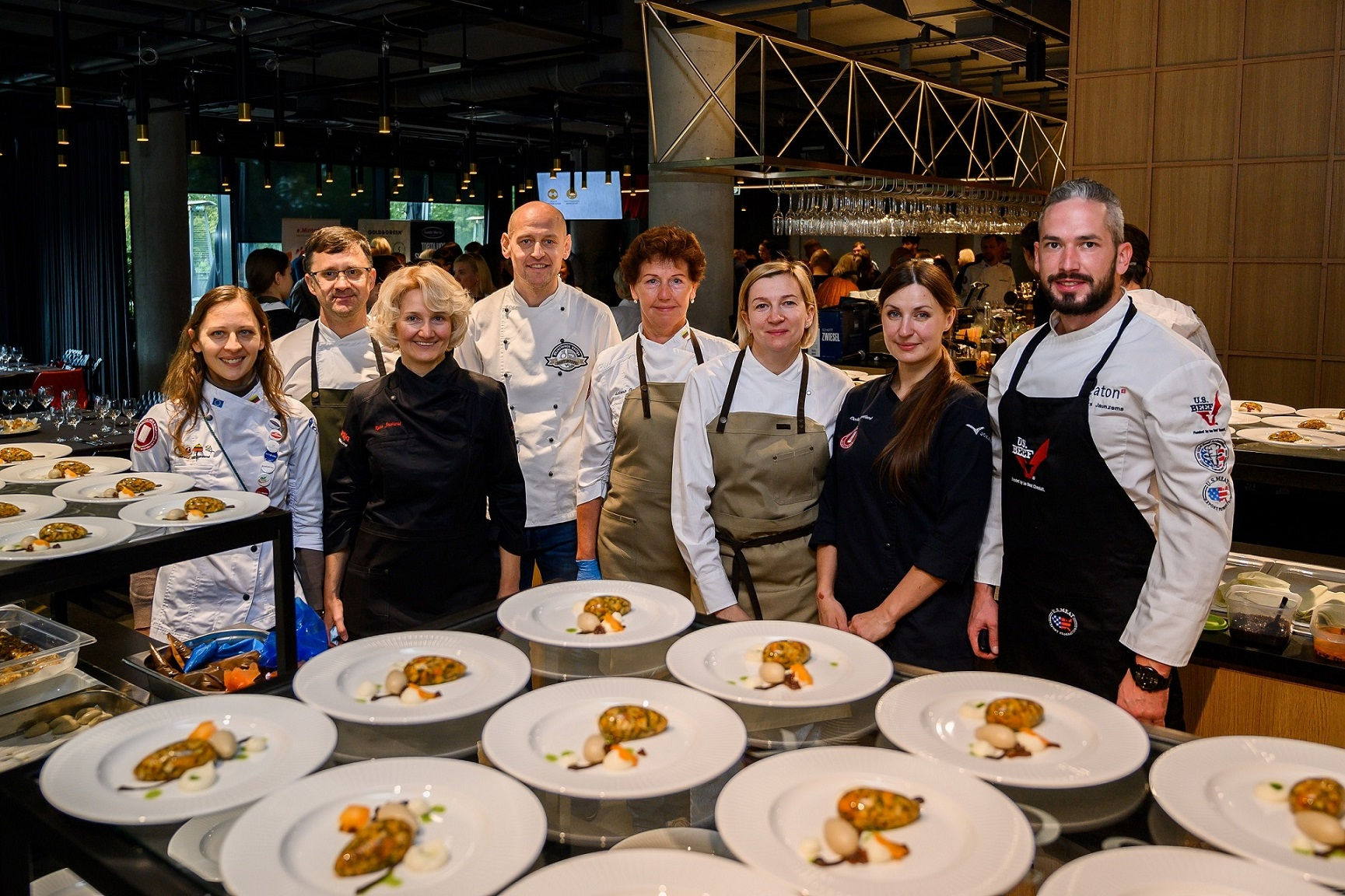 7_virtuves sefu komanda
