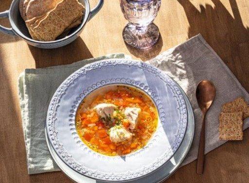 Lengva vištienos sriuba su žiediniais kopūstais ir imbierais